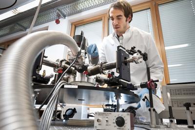Zentrum für Angewandte Energieforschung 18